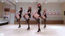 Как танцуют Японские девушки