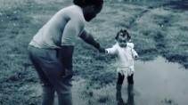 Вот почему с папой гулять веселее чем с мамой