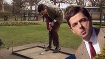 Мистер Бин в прачечной белье стирает и гольф играет