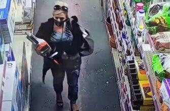 Воровка попыталась украсть бензопилу засунув ее в штаны