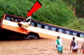 Смотреть видео грузовики и автобусы на бездорожье