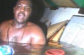 Человека нашли живым на затонувшем корабле спустя 3 дня