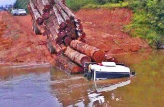 Грузовики проезжают реки и борются с перегрузом