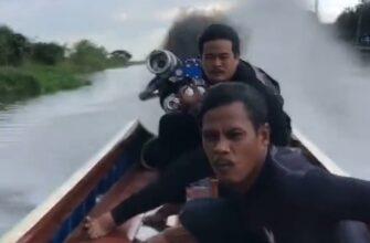 Азиат прокачал свою моторную лодку по полной программе