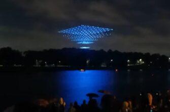 Шоу с дронами над Волхов в Великом Новгороде