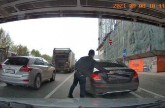 Такое возможно только на дорогах России