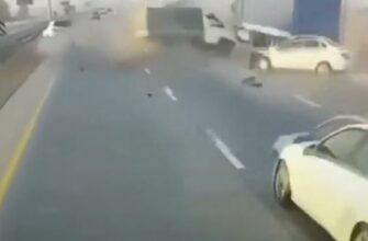 Типичная авария с Грантой и припаркованной фурой